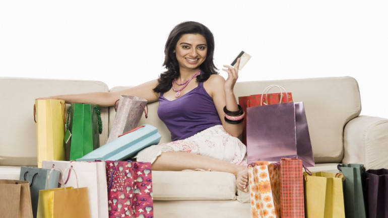credit-card-woman-shopping-1280X720-770x433.jpg